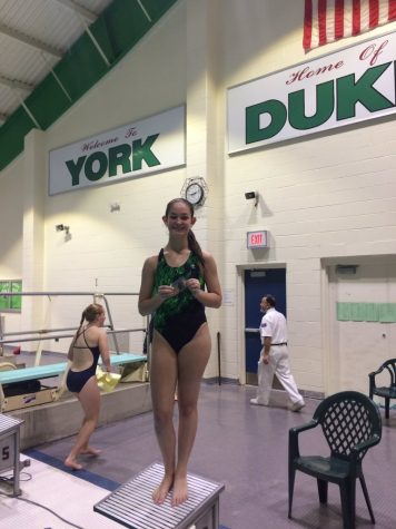 Sprenger breaks diving record